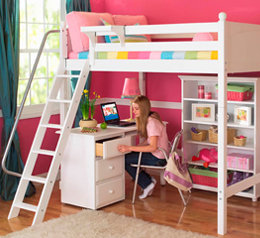 Кровать для ребенка из массива